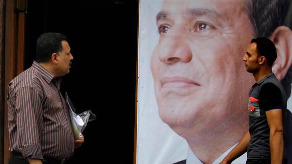 Sisi 'Retórica religiosa' ha manchado el turismo en Egipto